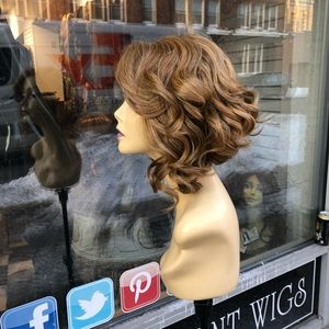 Accessories - Short blonde wig for sale chicago Asymmetrical Bob